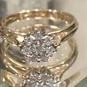 10Karat Yellow Gold Diamond Flower Ring Size 7
